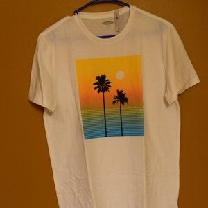 Old Navy Palm Tree Graphic T-Shirt